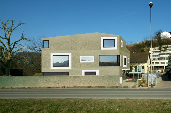 Neubau Mehrfamilienhaus mit Lärmschutz